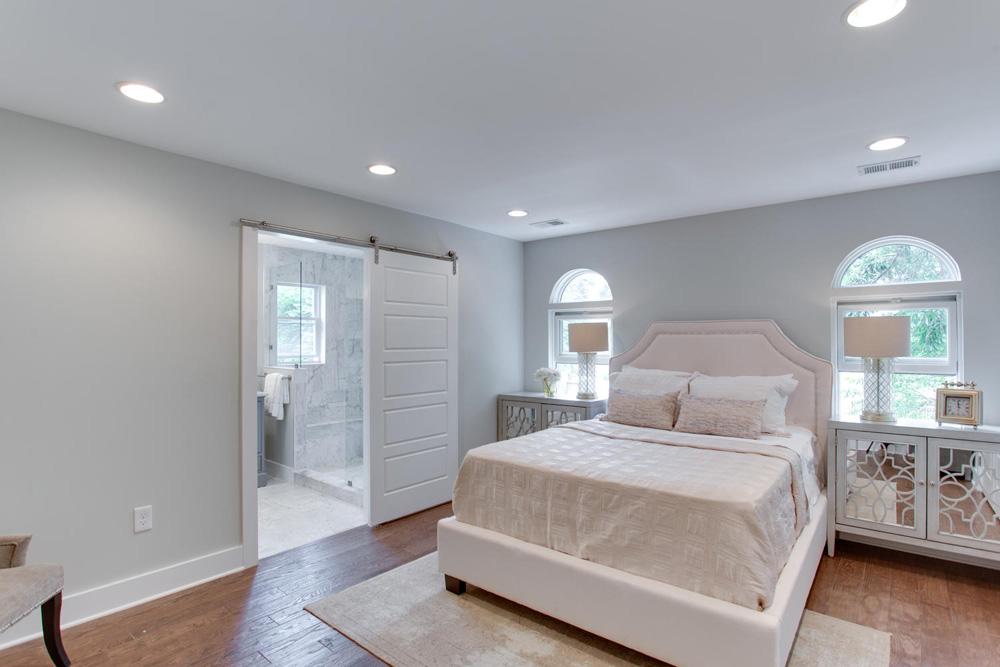 1356 Girard St NE Washington-large-046-27-Master Bedroom-1500x1000-72dpi