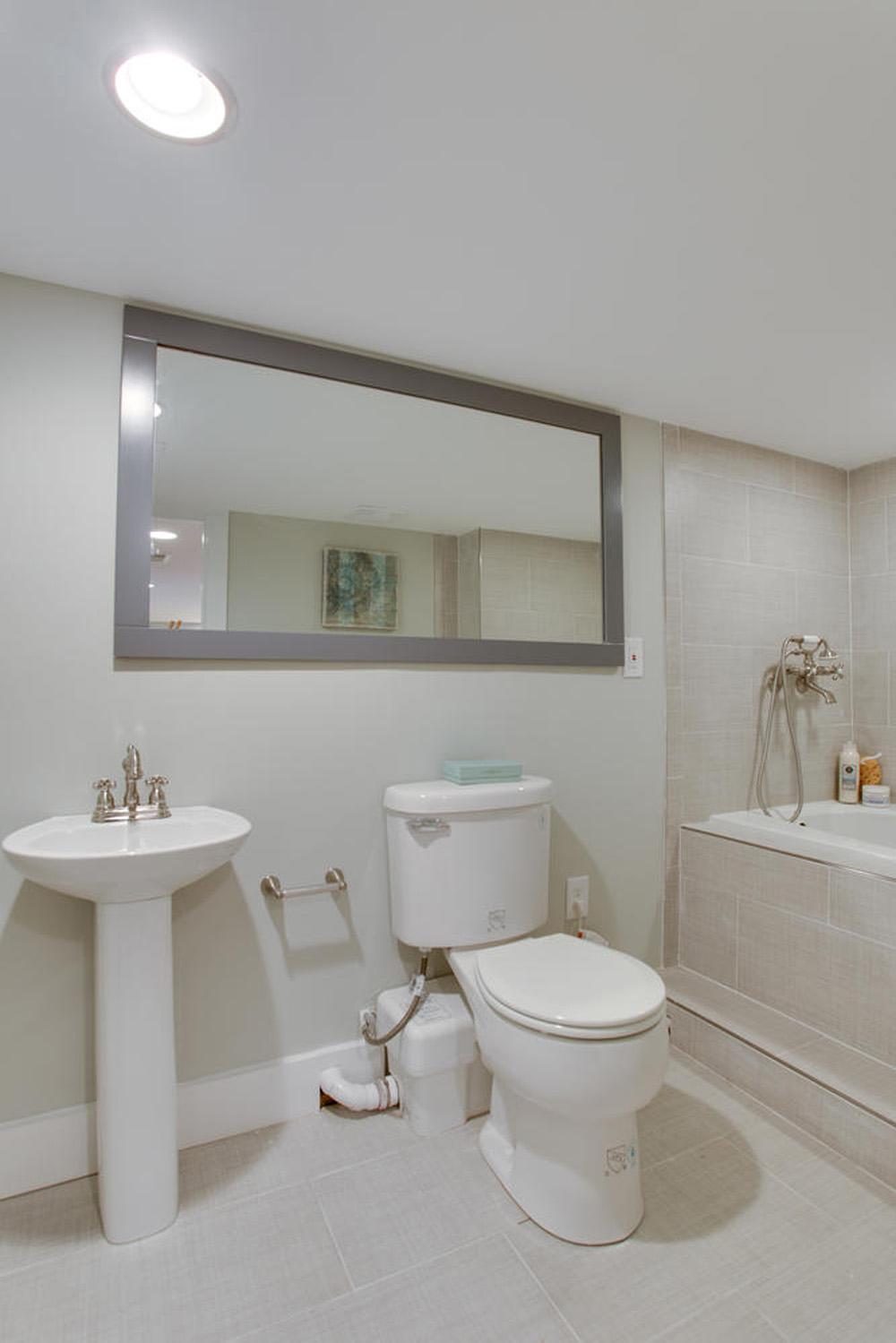 1356 Girard St NE Washington-large-057-16-Bathroom-667x1000-72dpi