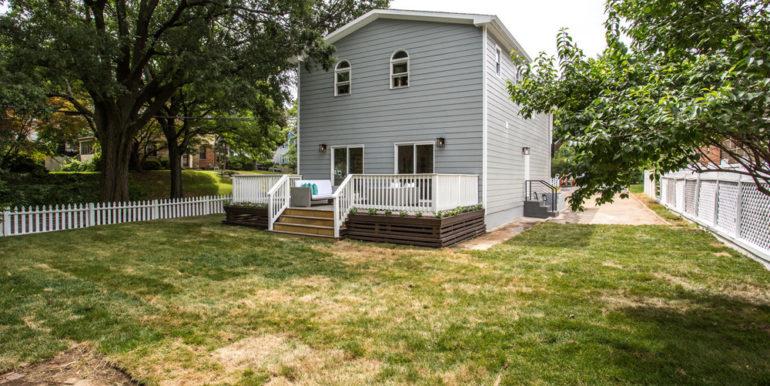 1356 Girard St NE Washington-large-077-43-Exterior  Back-1500x1000-72dpi