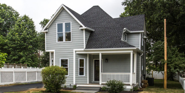 1356 Girard St NE Washington-large-080-1-Exterior  Front-1500x1000-72dpi