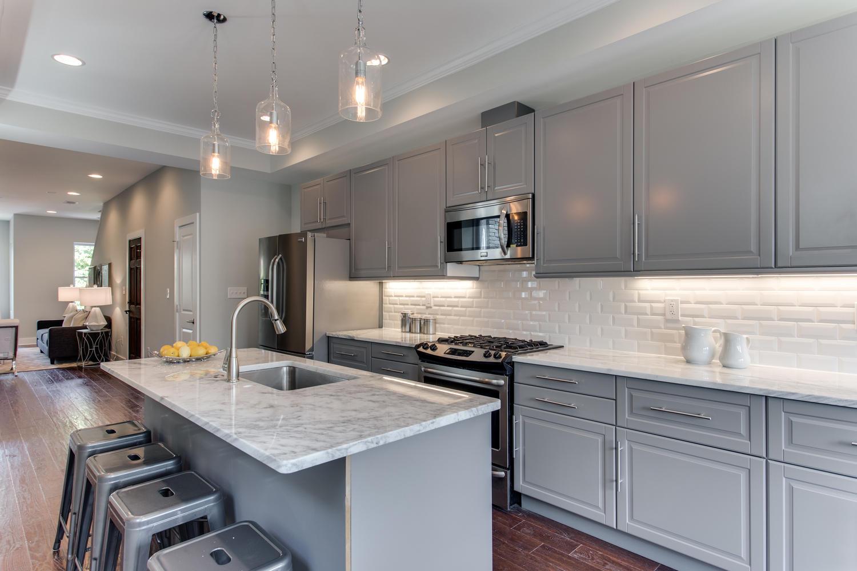 16 R St NW Unit 1 Washington-large-027-35-Kitchen-1500x1000-72dpi