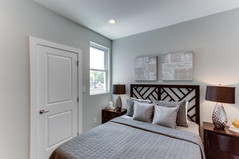16 R St NW Unit 1 Washington-large-035-23-Bedroom-1500x1000-72dpi