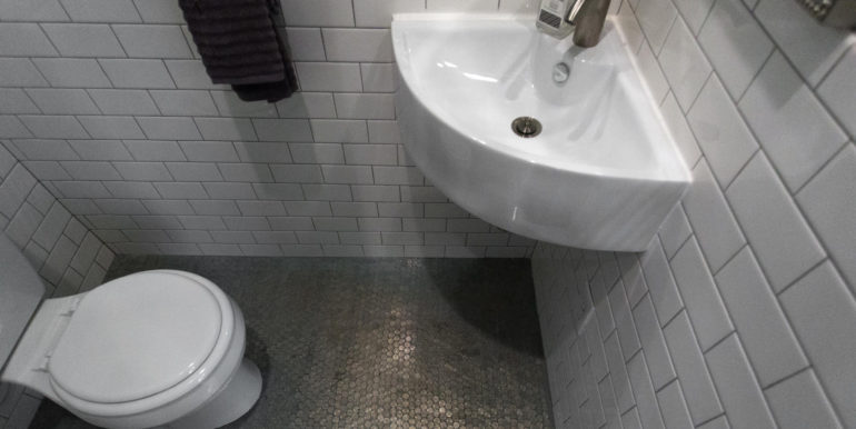 16 R St NW Unit 1 Washington-large-050-58-Bathroom-1500x1000-72dpi