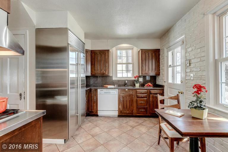 MC9599992 - Kitchen