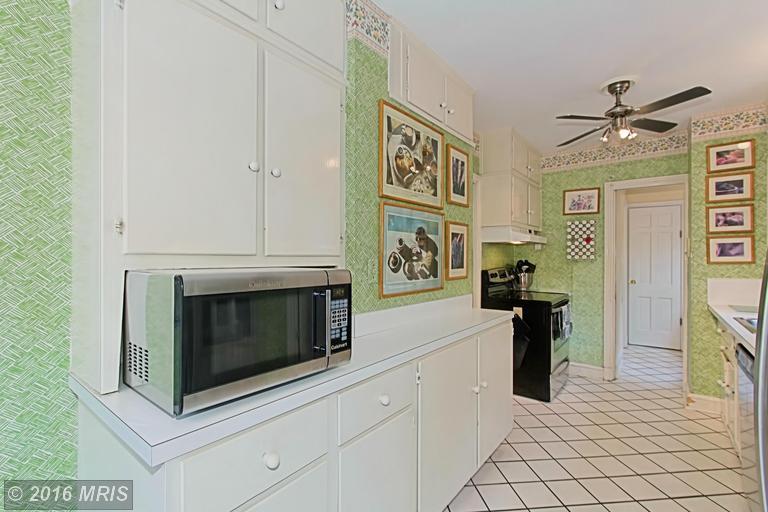 DC9661223 - Kitchen