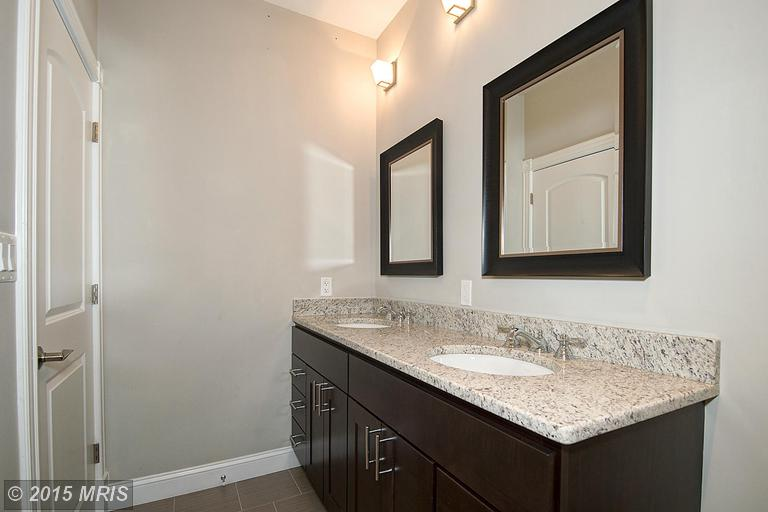 DC9510196 - Bathroom