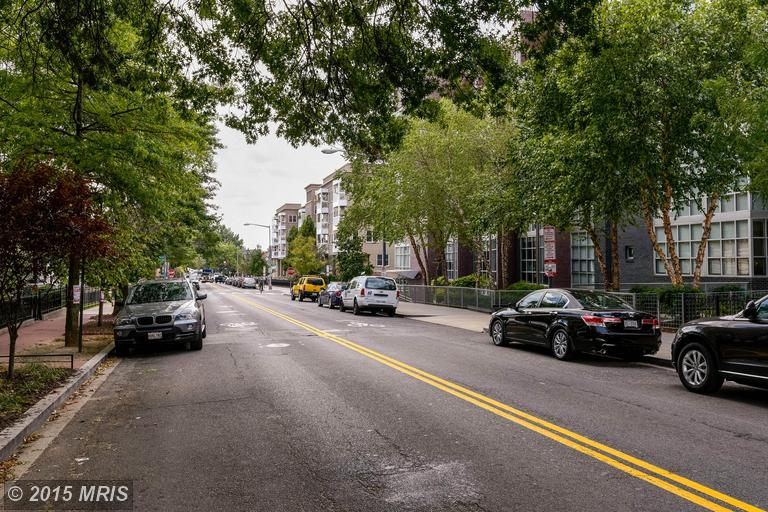DC8744954 - Great U Street Location