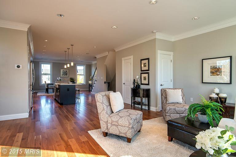 DC9510196 - Large Living Room