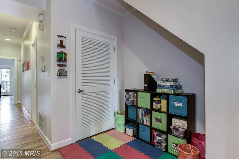 DC8744954 - Home Office / Play Area