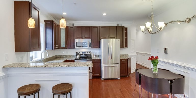 161 Randolph Pl NW Unit 2-large-011-34-Kitchen-1500x1000-72dpi