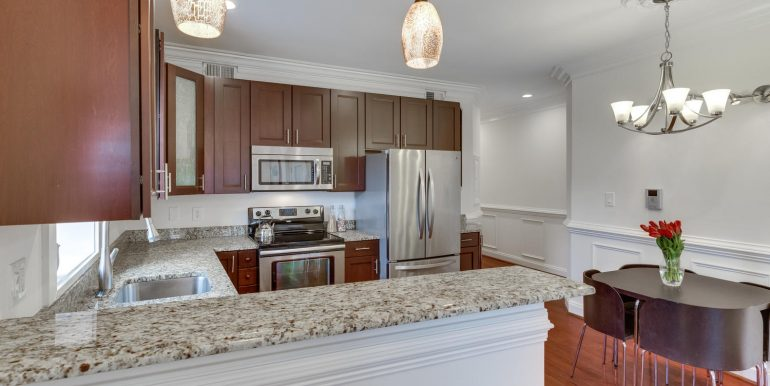 161 Randolph Pl NW Unit 2-large-012-14-Kitchen-1500x1000-72dpi