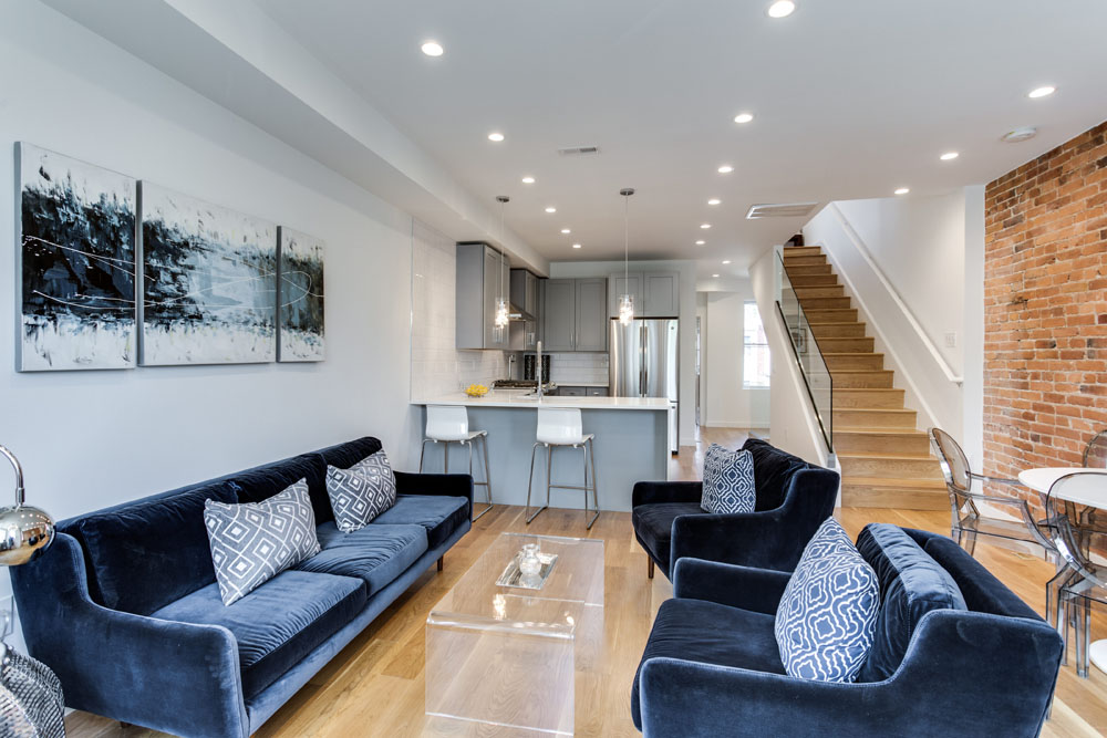 The Penthouse Offered at $767,000 59 Randolph Place, NW