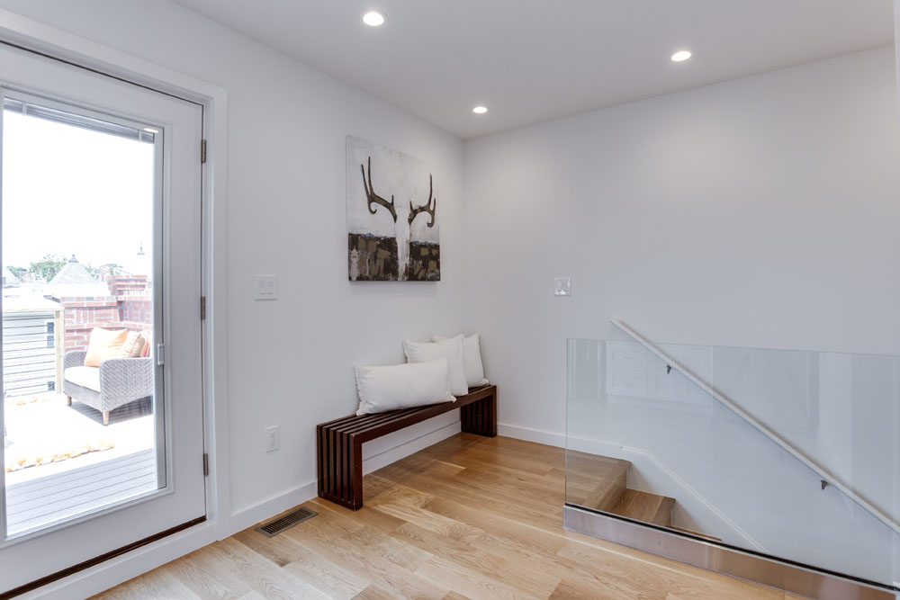 The Penthouse Offered at $767,000 59 Randolph Place, NW(14)