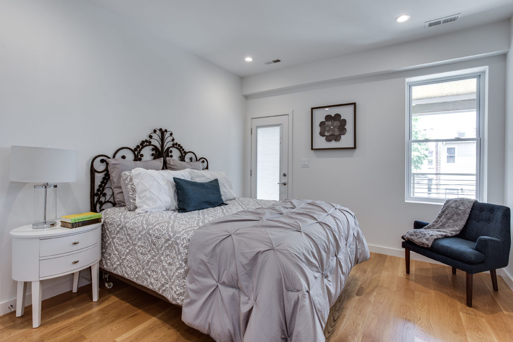 The Penthouse Offered at $767,000 59 Randolph Place, NW(19)