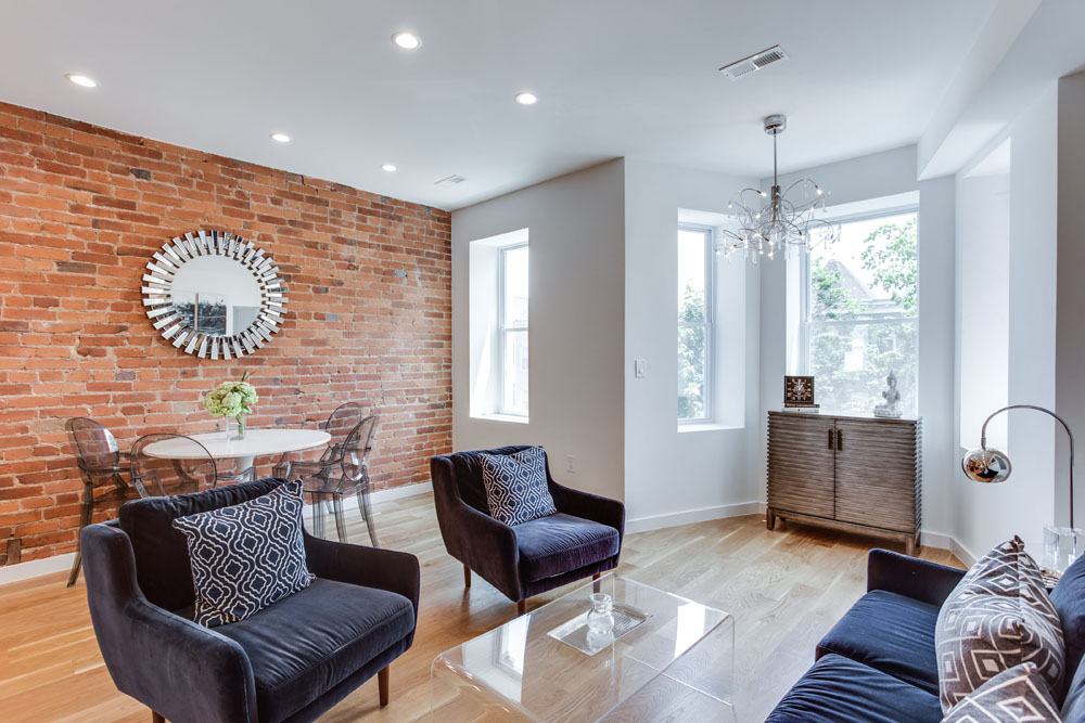 The Penthouse Offered at $767,000 59 Randolph Place, NW(2)