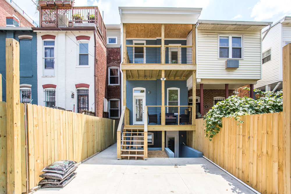 The Penthouse Offered at $767,000 59 Randolph Place, NW(26)