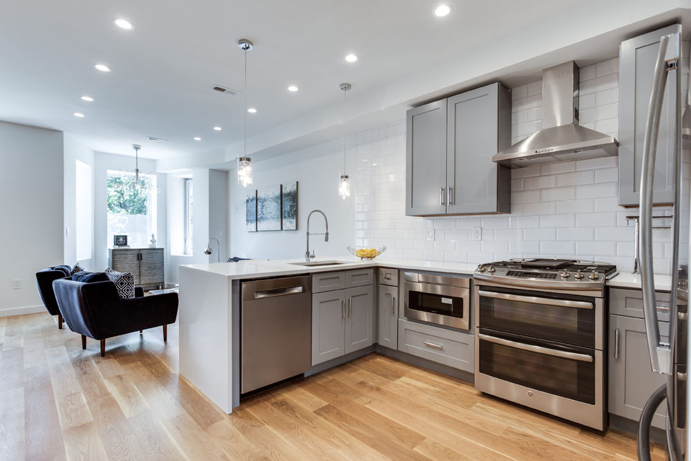 The Penthouse Offered at $767,000 59 Randolph Place, NW(4)