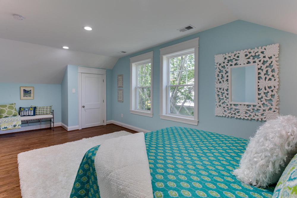 3722 Chesapeake St NW-large-009-12-Bedroom 4-1500x1000-72dpi