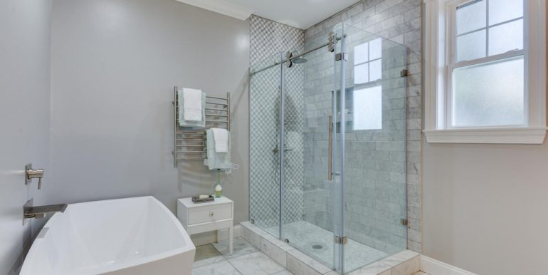 3722 Chesapeake St NW-large-044-59-Master Bath-1500x1000-72dpi