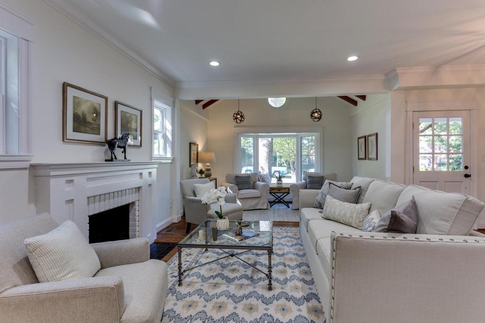 3722 Chesapeake St NW-large-095-86-Living Room-1500x1000-72dpi