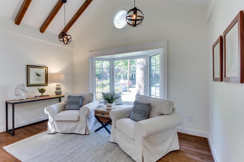 3722 Chesapeake St NW-large-099-92-Living Room-1500x1000-72dpi