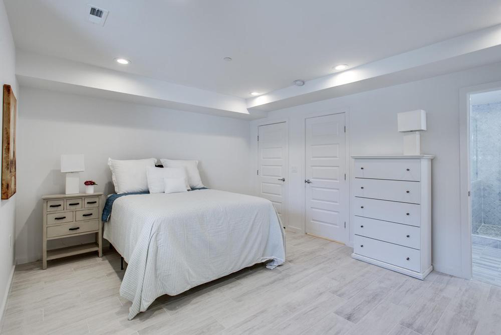 3911 Kansas Ave NW 1-large-053-46-Master Bedroom-1499x1000-72dpi