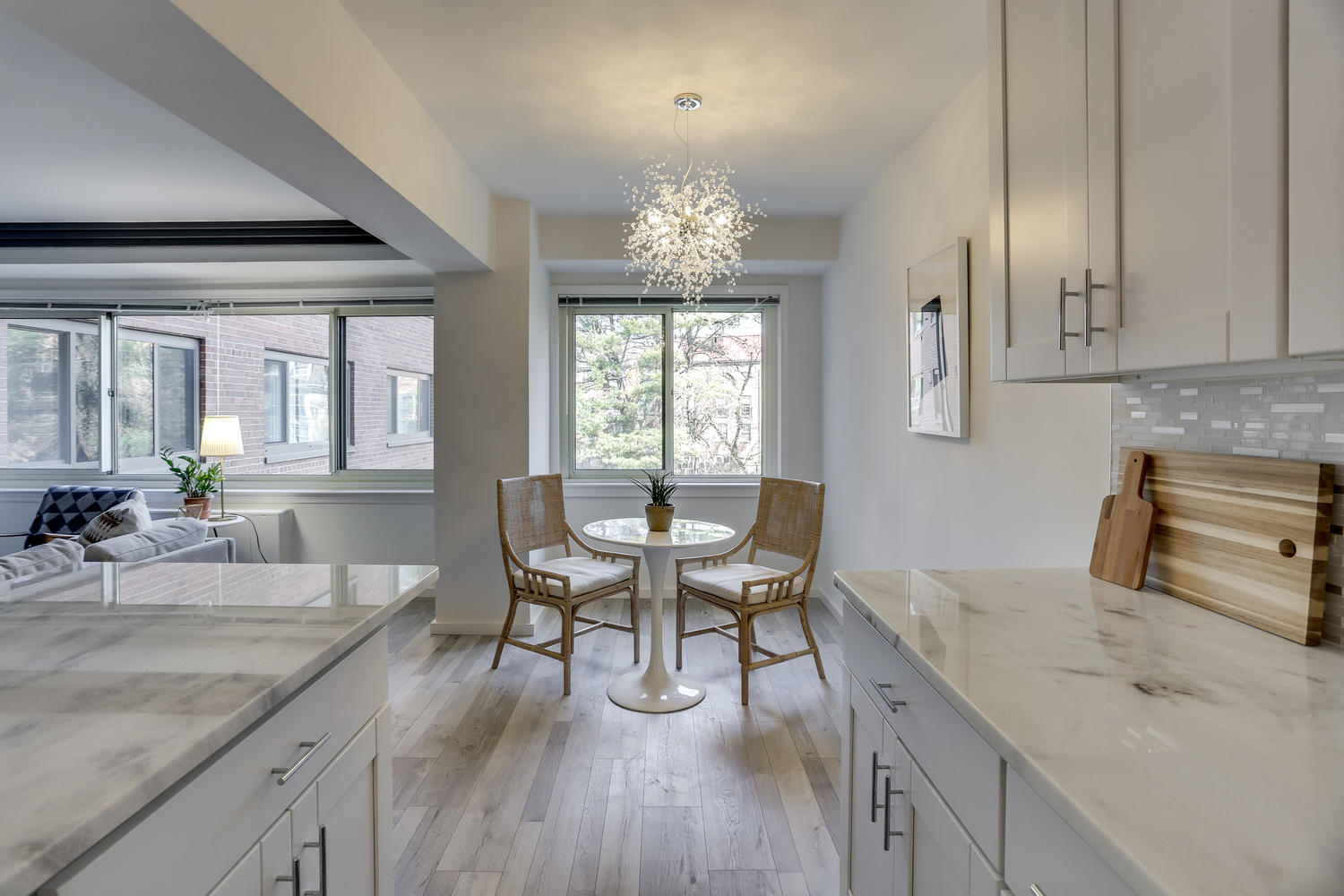 4201 Cathedral Ave NW 703W-large-009-16-Dining Area-1500x1000-72dpi