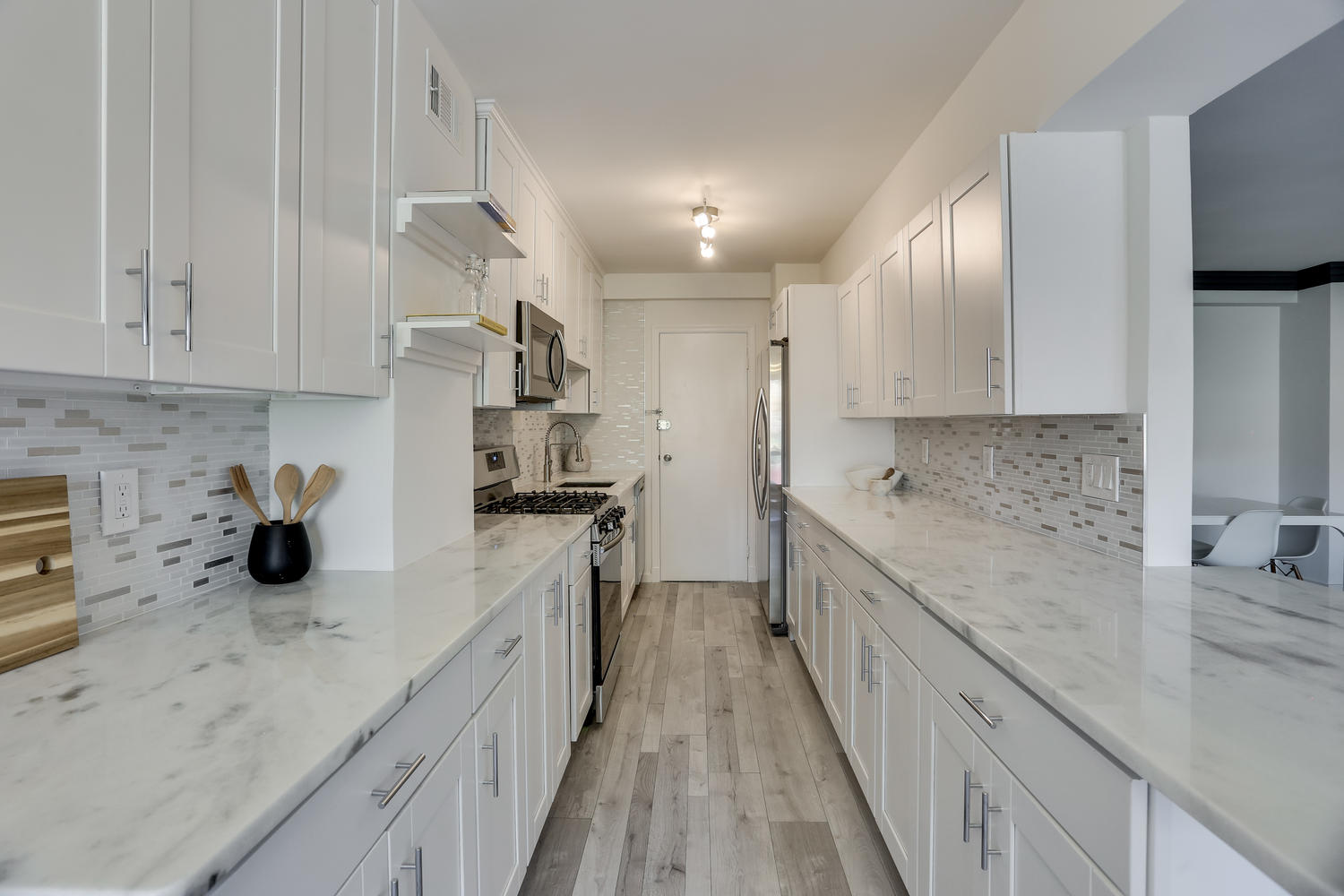 4201 Cathedral Ave NW 703W-large-021-22-Kitchen-1500x1000-72dpi