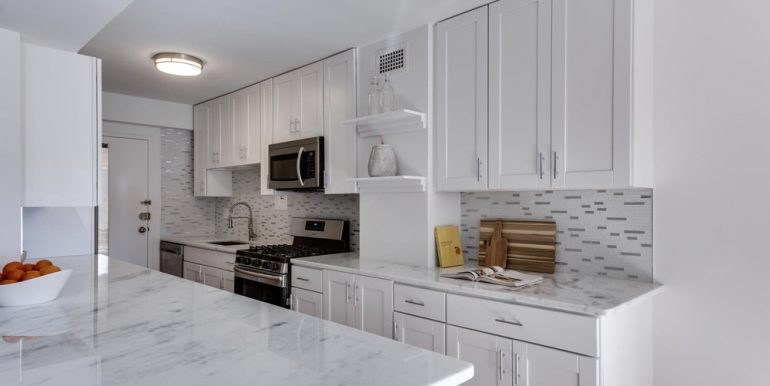 4201 Cathedral Ave NW 322W-large-026-9-Kitchen-1500x1000-72dpi