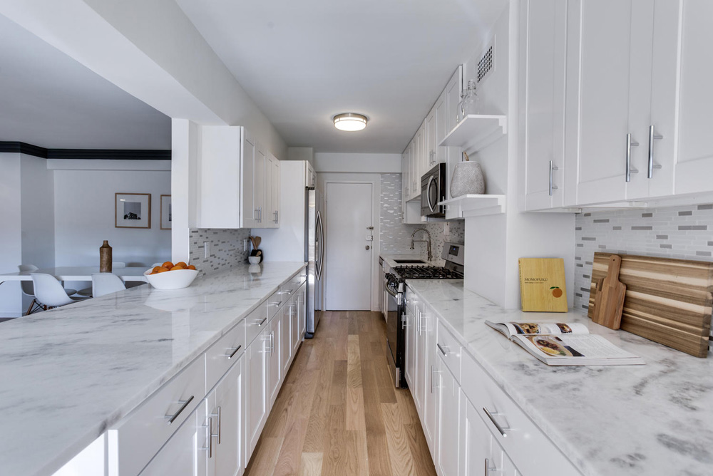 4201 Cathedral Ave NW 322W-large-027-7-Kitchen-1497x1000-72dpi