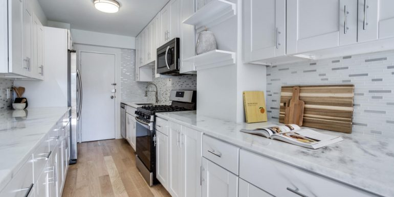 4201 Cathedral Ave NW 322W-large-030-26-Kitchen-1500x1000-72dpi