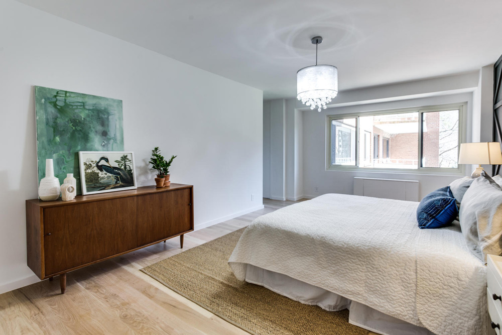 4201 Cathedral Ave NW 322W-large-039-33-Bedroom-1499x1000-72dpi