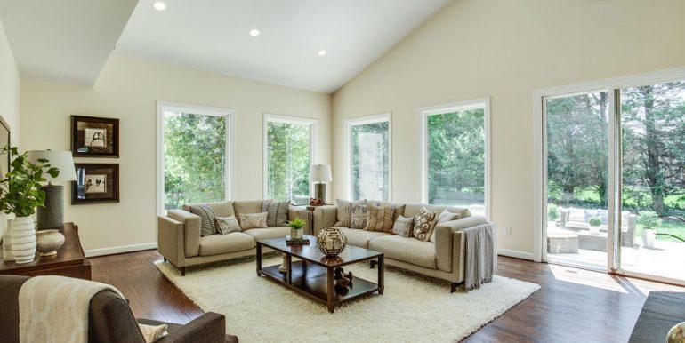 4112-Everett-St-Kensington-MD-large-029-75-Family-Room-1500x1000-72dpi