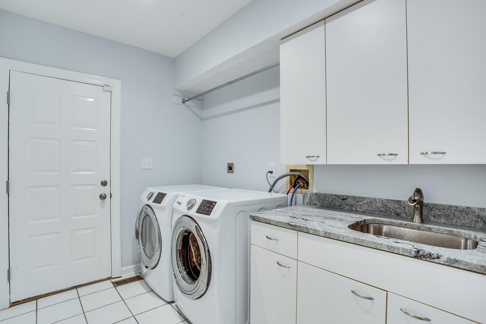 4112-Everett-St-Kensington-MD-large-043-64-Laundry-1500x1000-72dpi