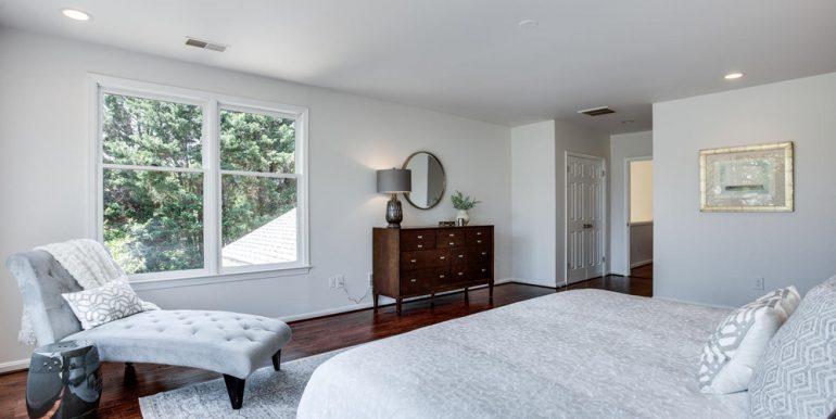4112-Everett-St-Kensington-MD-large-051-22-Master-Bedroom-1500x1000-72dpi