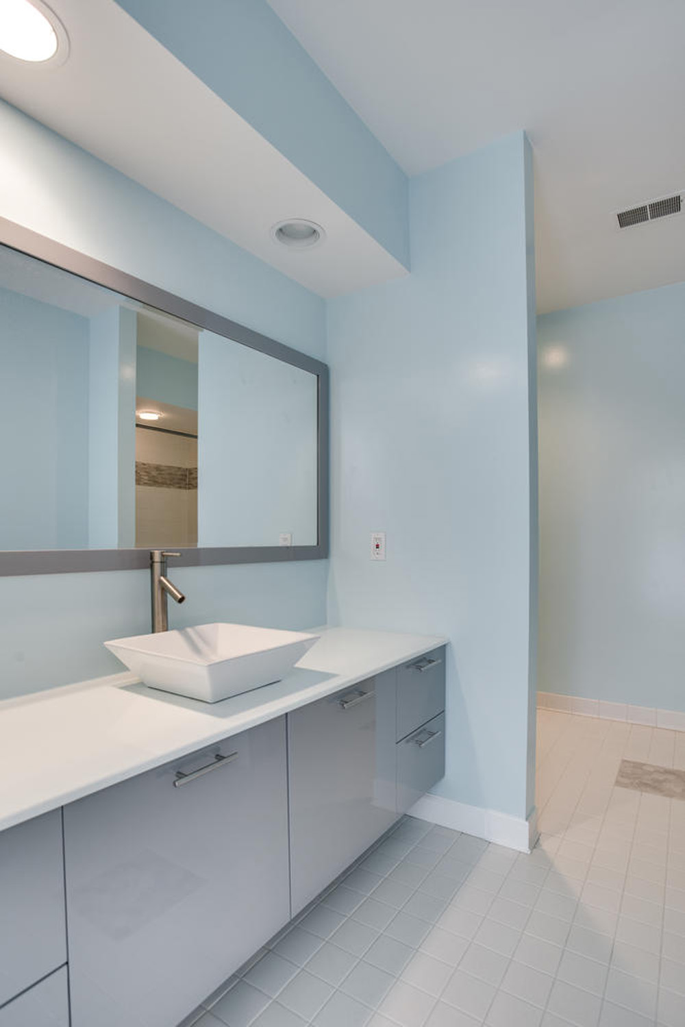 4112-Everett-St-Kensington-MD-large-070-3-Bathroom-667x1000-72dpi