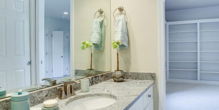 4112-Everett-St-Kensington-MD-large-093-59-Bathroom-667x1000-72dpi